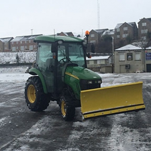 Snow clearing in Huddersfield 4